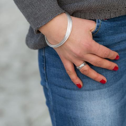 10 Thin Bangle Bracelets Set